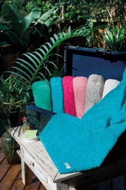 toalha pedras preciosas (1)