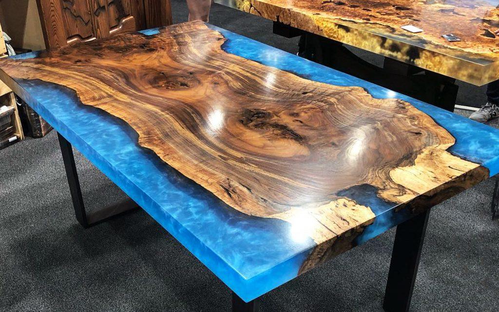 mesa de resina